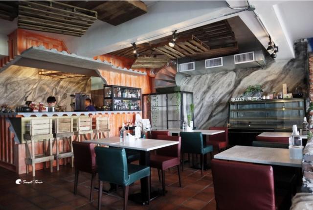 木棧板餐廳 環境