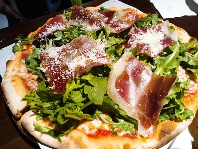 Pino Pizzeria 餐點