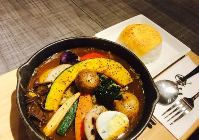 銀兔湯咖哩 餐點