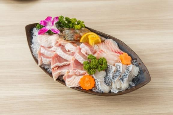 湊一鍋麻辣鴛鴦火鍋 餐點2